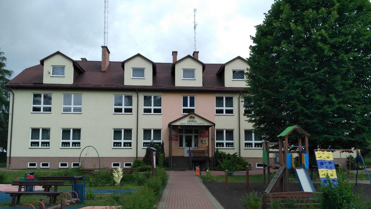 Zespół Szkół w Łukawicy